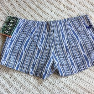 Roxy shorts NWT